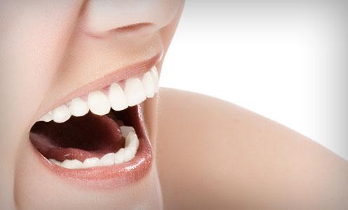 Răng sứ titan có tốt không?