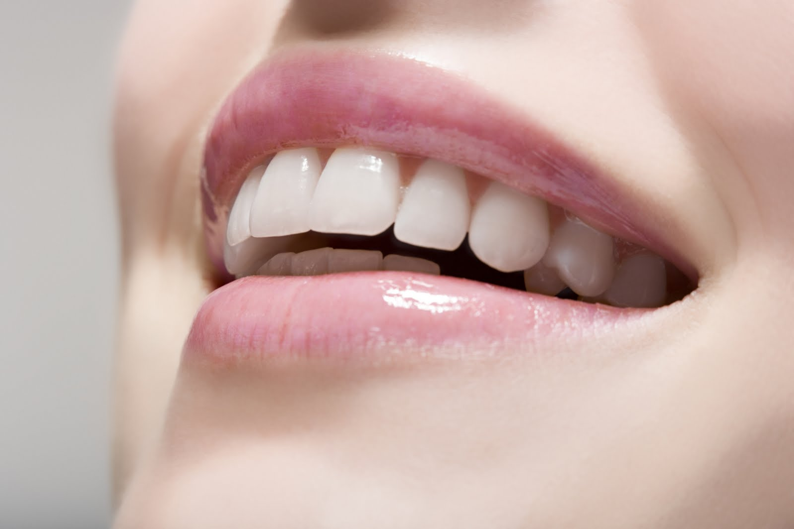 bọc răng sứ cho răng cửa ở đâu
